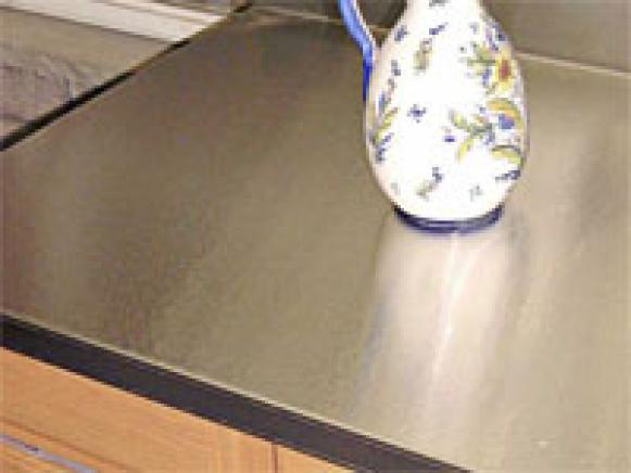 choosing_countertops_stainless_steel_kitchenrk_1