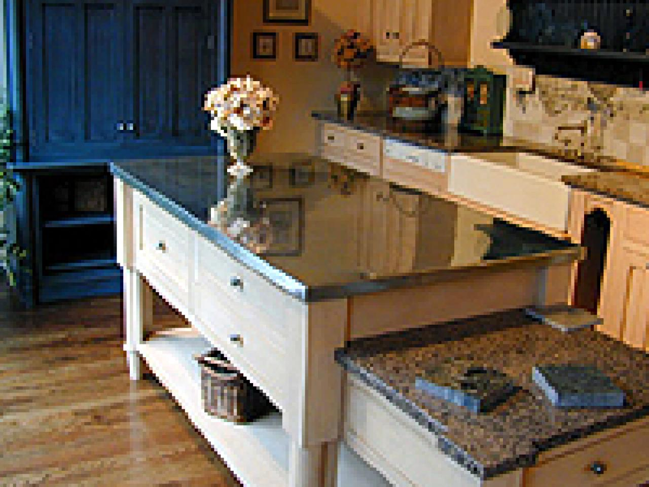 Kitchen Countertops: Metal Countertops: Copper, Zinc And Stainless Steel