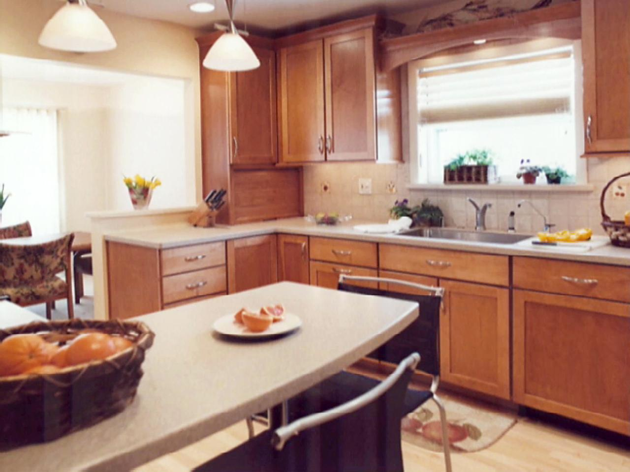 Transforming a 39 50s kitchen hgtv for 50s kitchen ideas