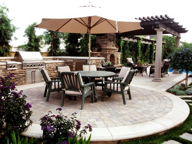 selecting_outdoor_kitchenrk_2