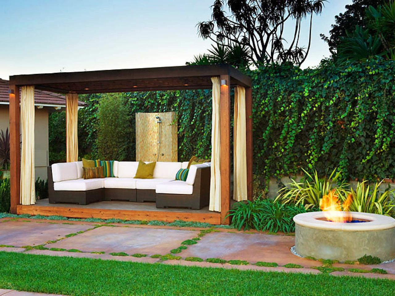 beautiful outdoor sofas outdoor spaces patio ideas decks gardens hgtv. Black Bedroom Furniture Sets. Home Design Ideas