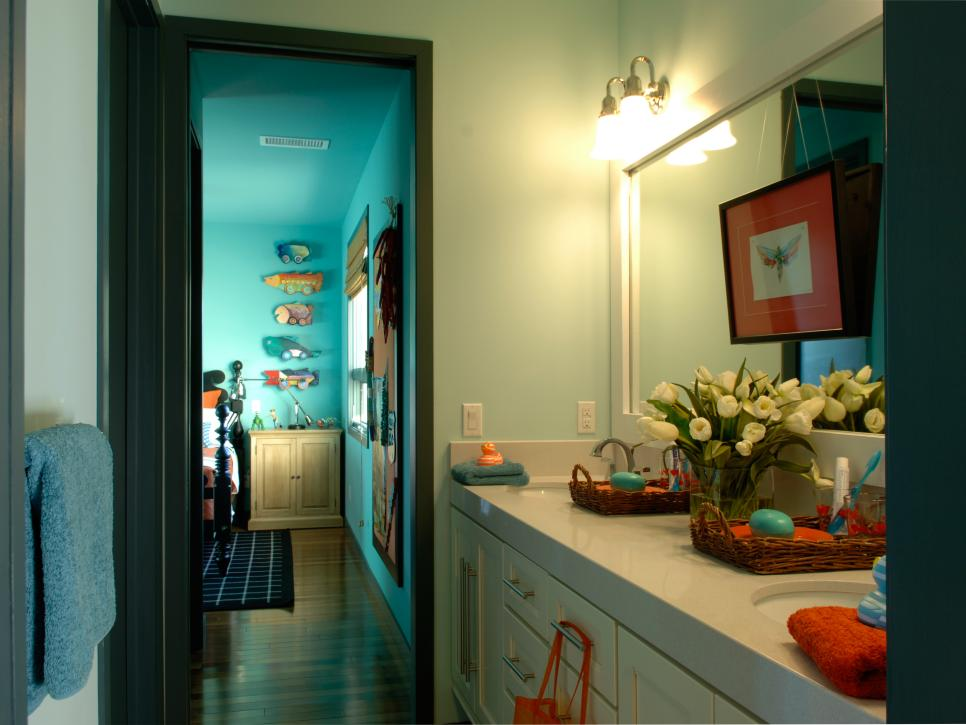 12 stylish bathroom designs for kids | hgtv