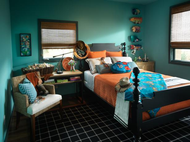 Ocean-Inspired Kid's Room With Orange Accents