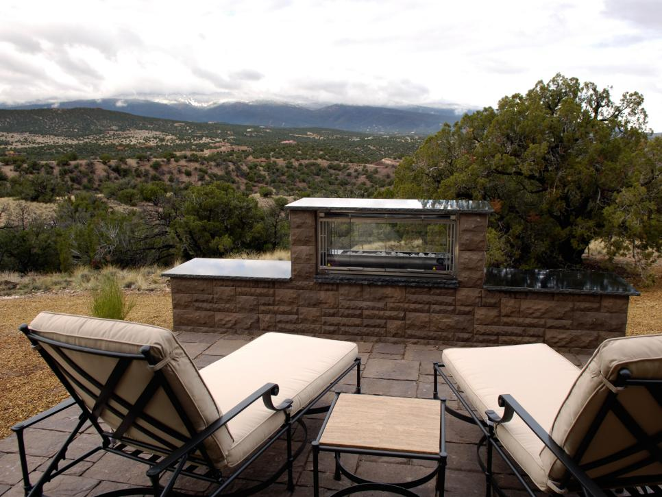 Hgtv dream home 2010 casita patio pictures and video for Backyard casita plans