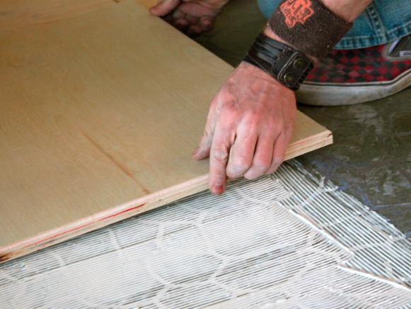 Flooring-Laying-Wood-Tile
