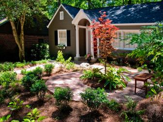 Front Yard Landscaping of Cottage-Style Home