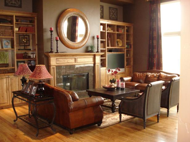 Traditional Living Room With Fireplace and Leather Furniture