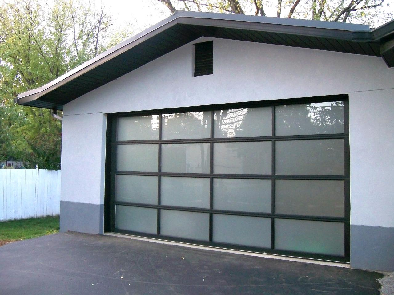 Garage door buying guide diy terrenoire garage doors4x3 solutioingenieria Gallery