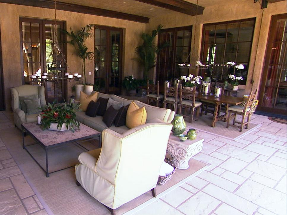 The best of outdoor rooms hgtv for Room design outside