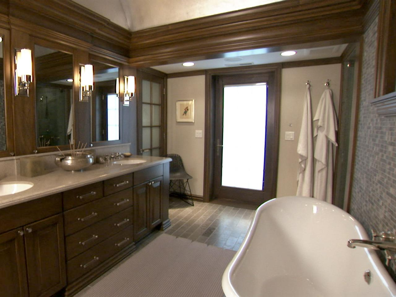 Sexy master bathrooms to put you in the mood bathroom for Brown bathroom ideas