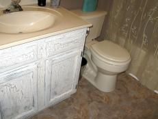 0126453_Half-Day-Designs-Shabby-Chic-Bath_s4x3