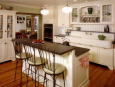 Cottage-Style Kitchen with Farmhouse Sink