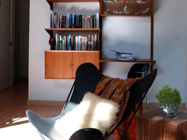 Modern Studio With Midcentury Modern Vintage Furniture