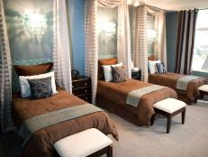 Stylish Blue Bedroom With Brown and Cream Accessories