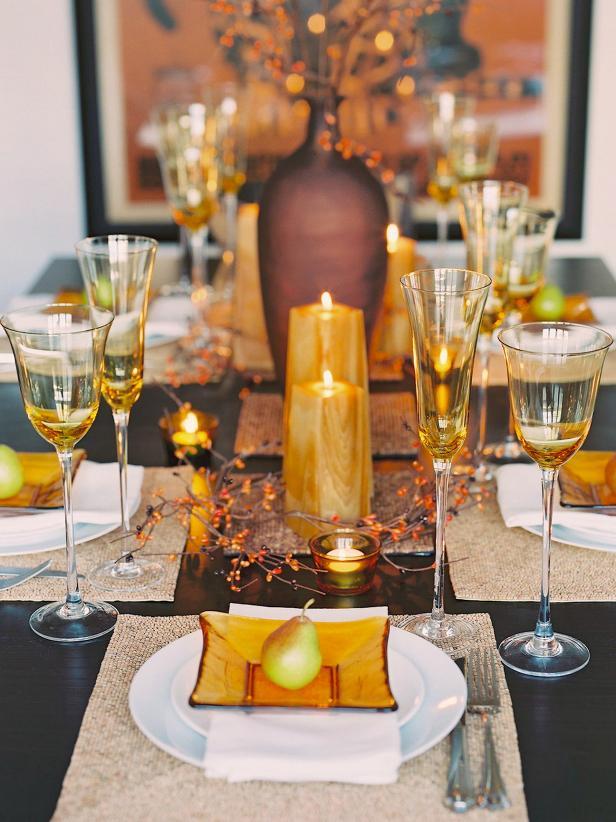 Glittering Fall Table Setting and Centerpiece Ideas HGTV : valencichoriginal fall table longs3x4jpgrendhgtvcom616822 from www.hgtv.com size 616 x 822 jpeg 77kB
