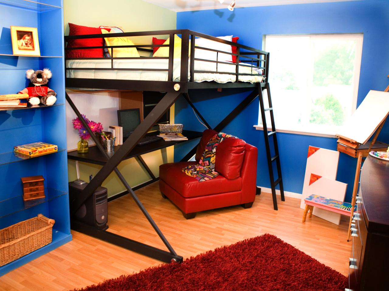 Candice 39 s design tips kids 39 room makeovers hgtv Bunk bed boys room