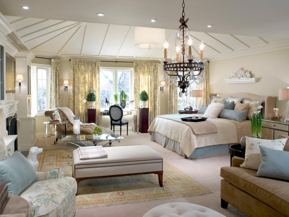 10 divine master bedrooms by candice olson hgtv for Master bedroom decor