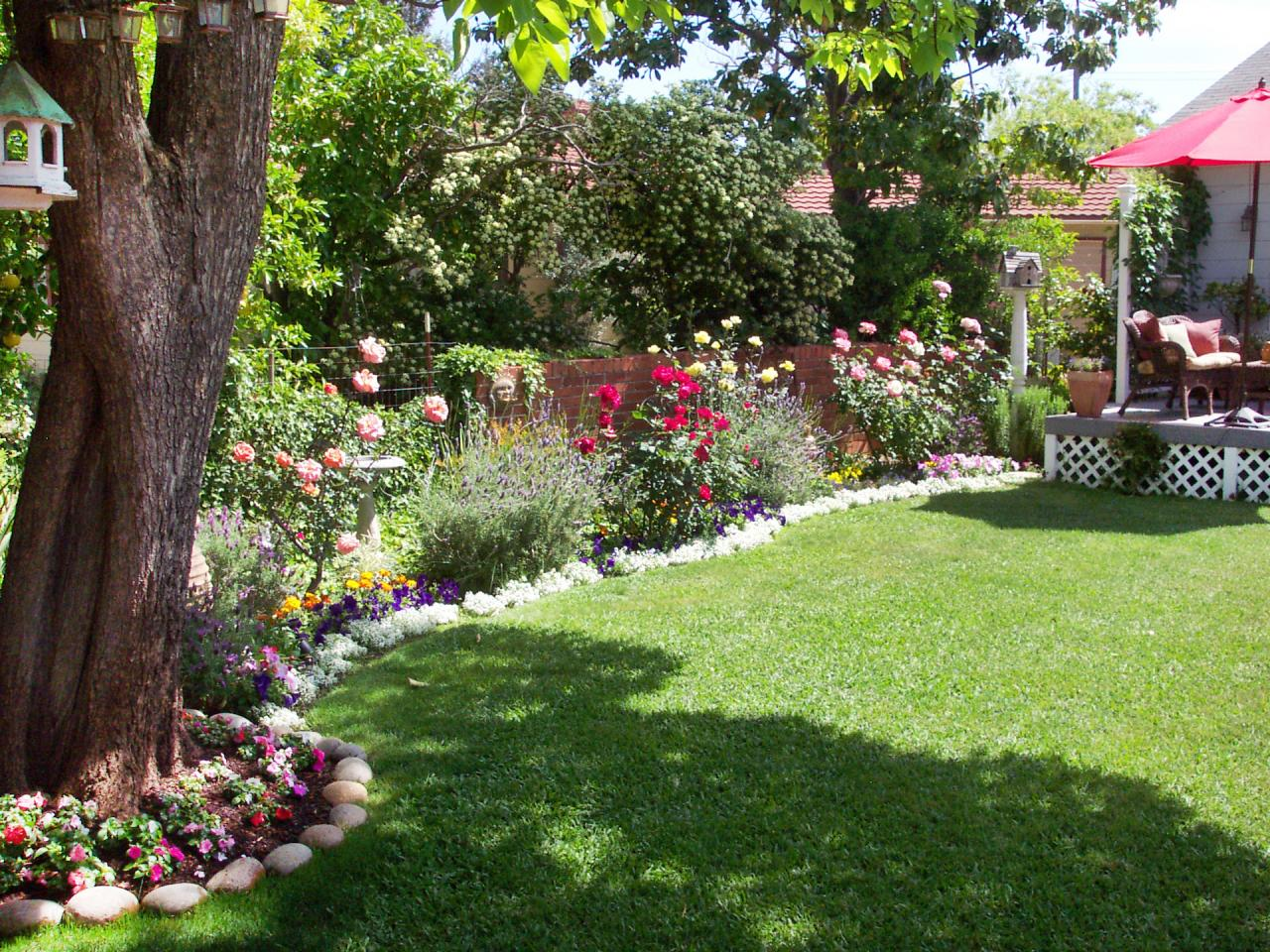 Cottage gardens to love landscaping ideas and hardscape for Design my garden