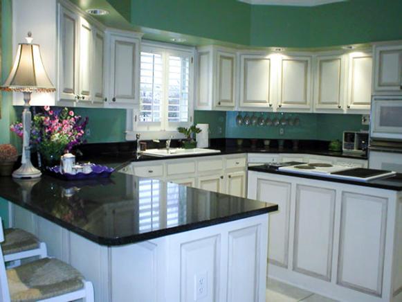 jill-hertz-kitchen-green