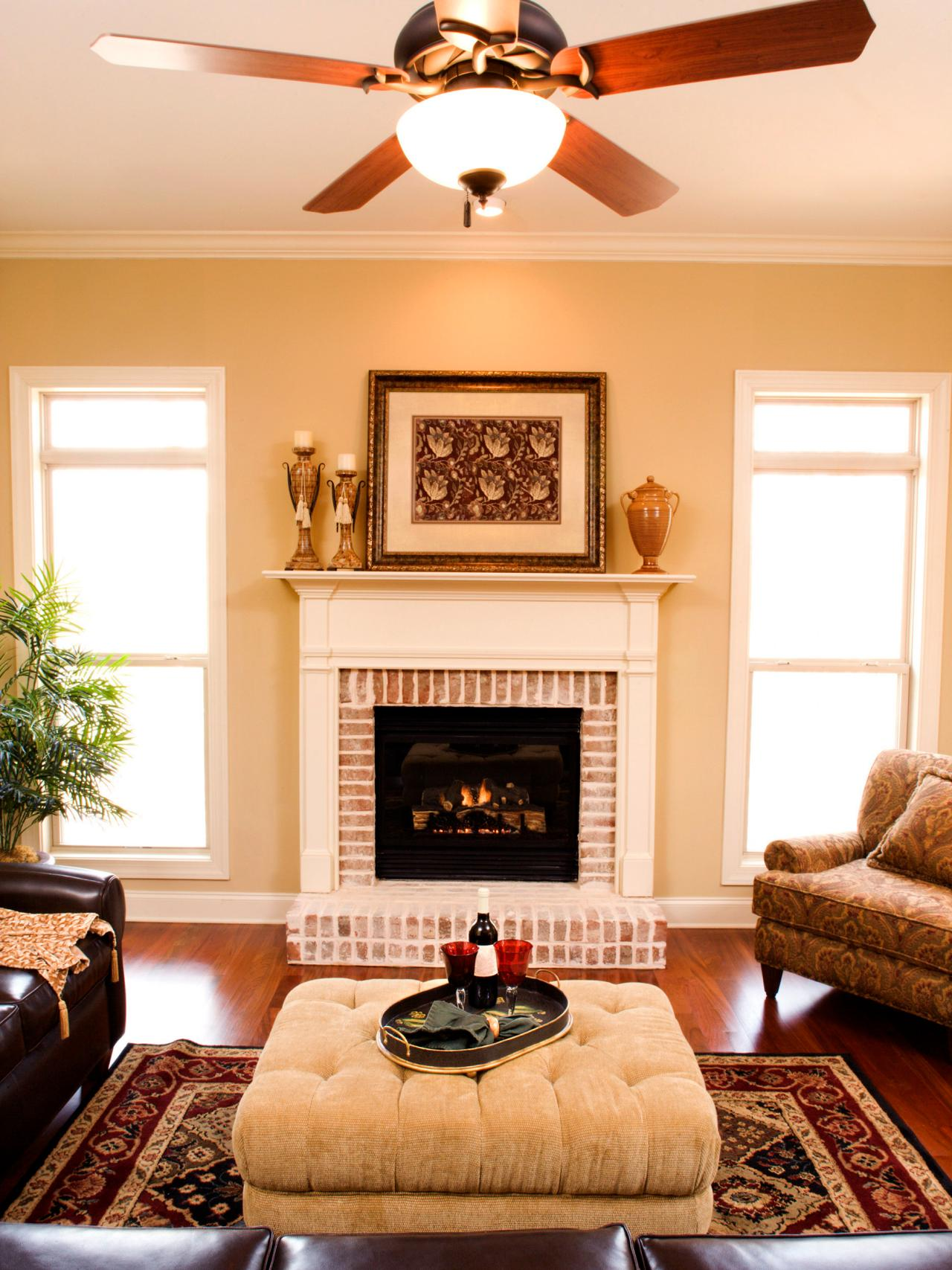 improve energy efficiency with a ceiling fan hgtv. Black Bedroom Furniture Sets. Home Design Ideas