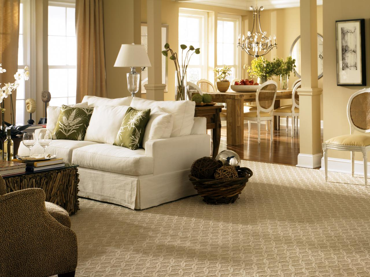Flooring buyer 39 s guide hgtv Carpet for living room