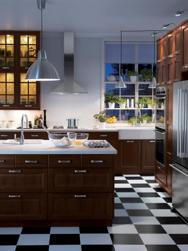 IKEA_Wood-Cabinets-Checkered-Floor-Kitchen_s3x4