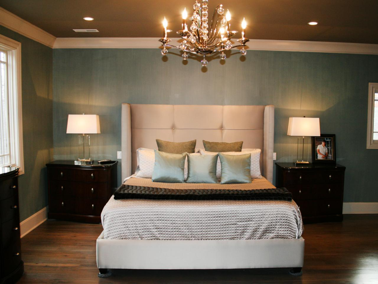 10 warm neutral headboards bedrooms bedroom decorating ideas hgtv Blue and tan bedroom decorating ideas