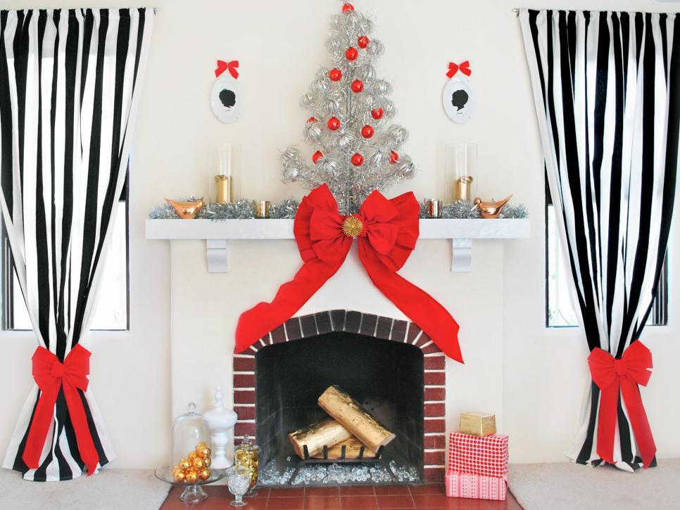 Modern Christmas Decorating Themes  HGTV