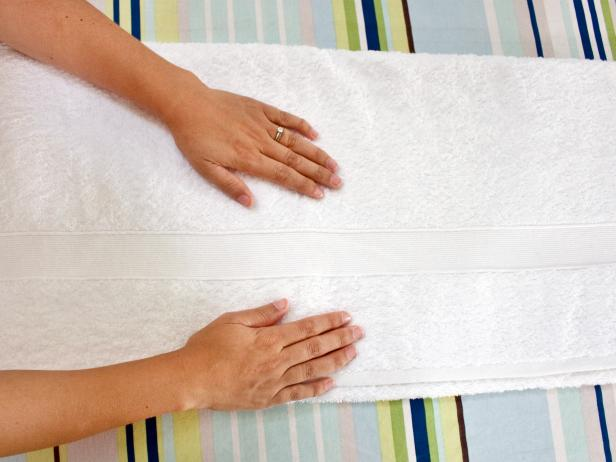 Smooth Out Bath Towel