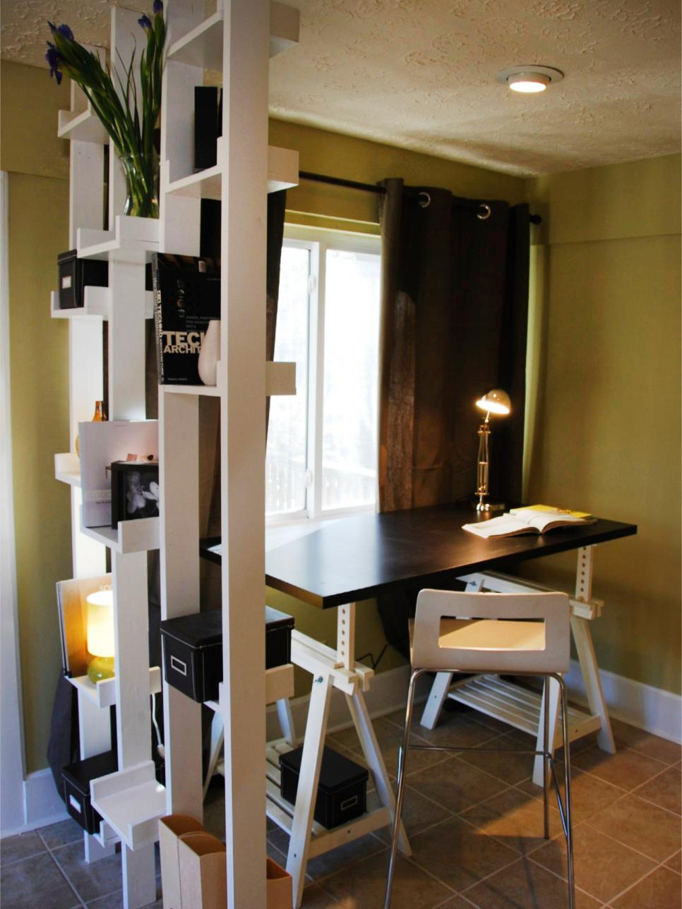 Small space home offices hgtv for Home office space design ideas