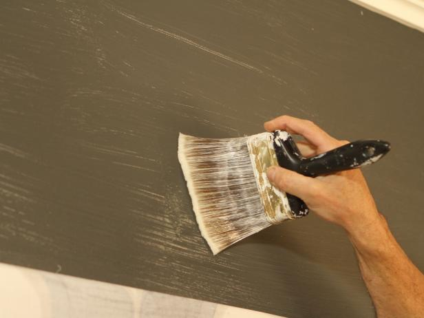 Prepare Walls With Wallcovering Primer