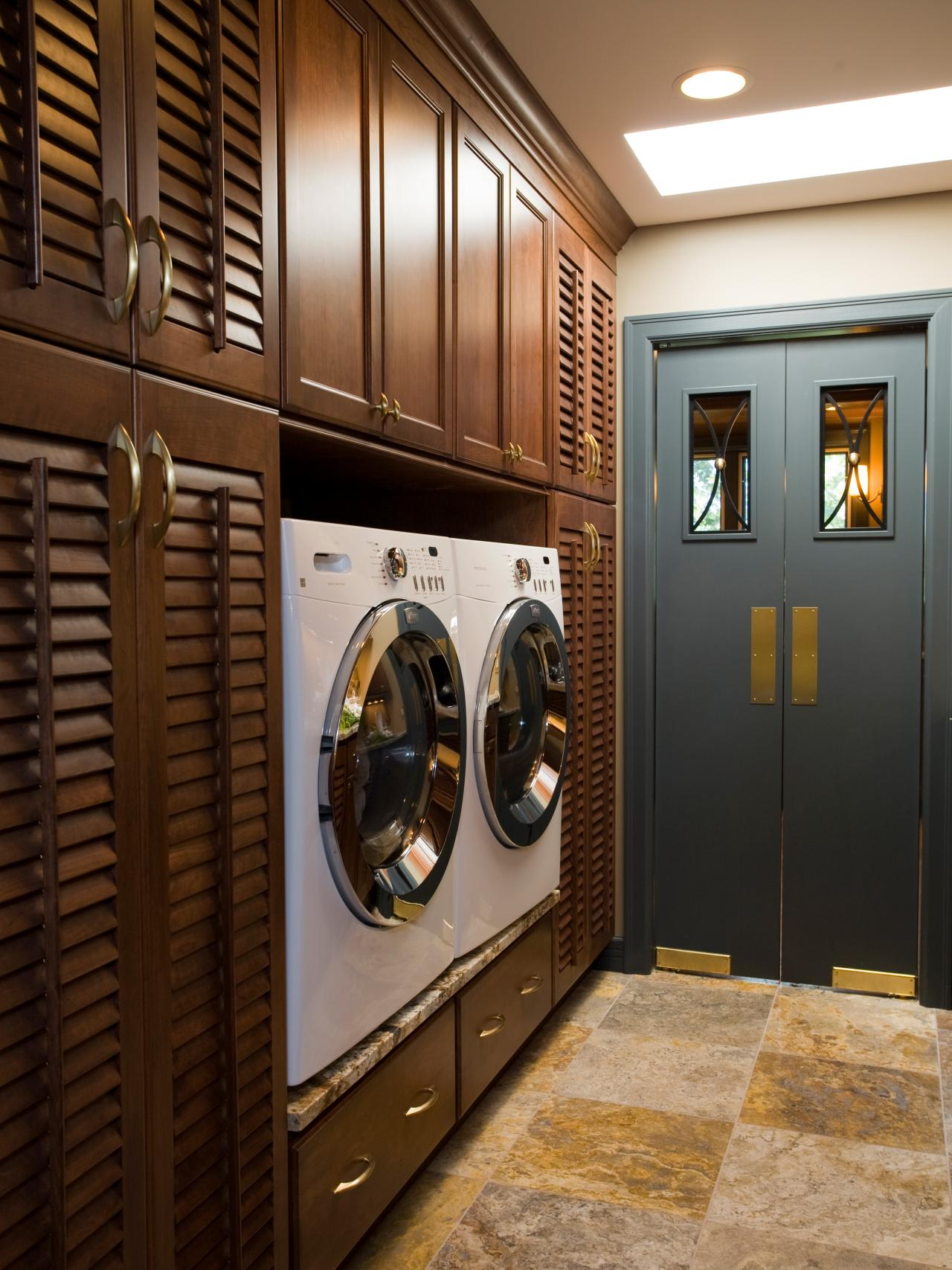 10 clever storage ideas for your tiny laundry room hgtv - Laundry room design ideas ...