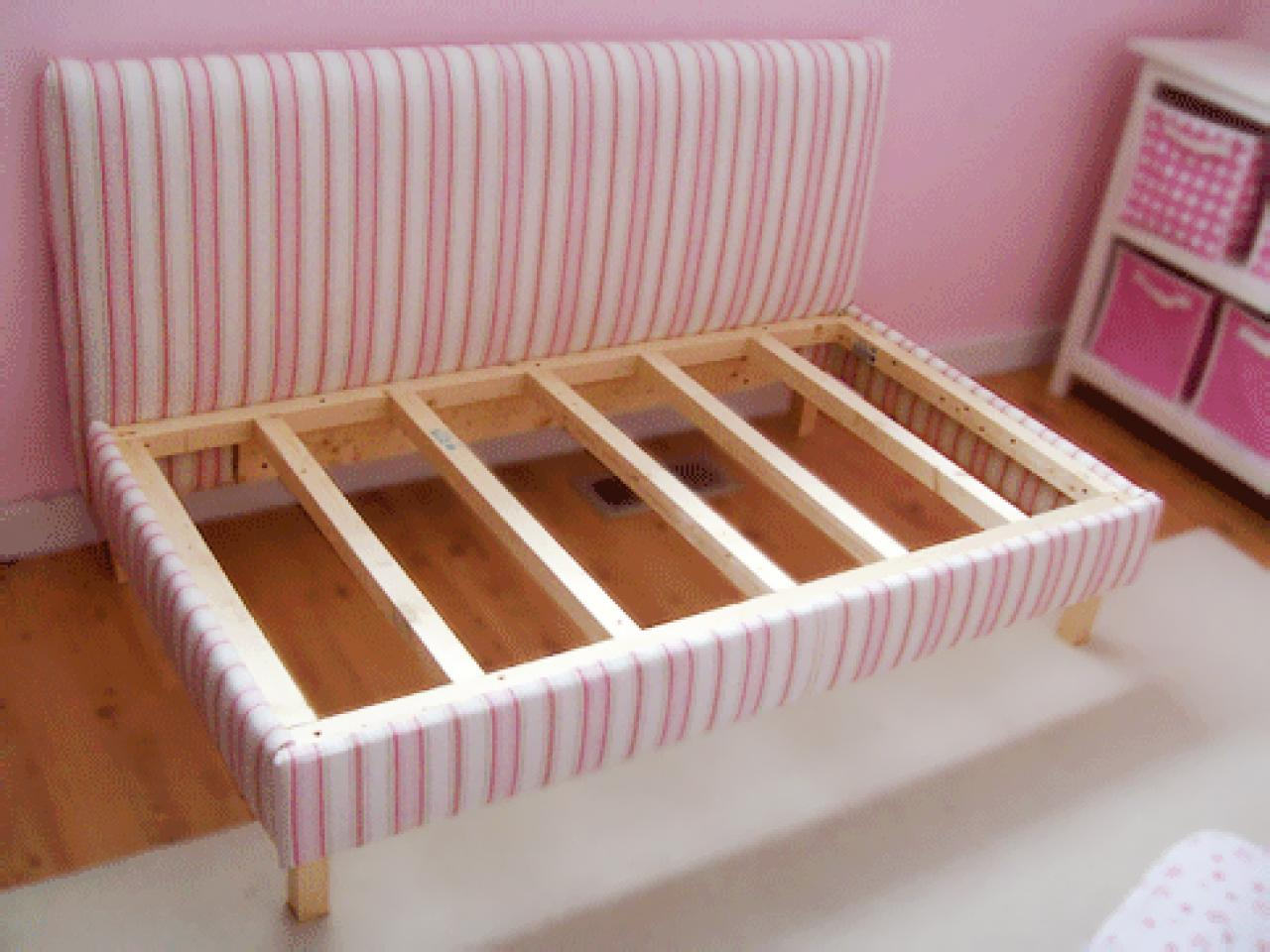 Daybed frame plans - Daybed Cost Around 50 75 To Make Full Plan Lily Seems To Sleep On Her Bed Sideways This Might Be Perfect For Her Funny Shtuff Pinterest