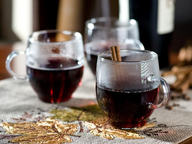 Winter Dinner Party with Mulled Wine