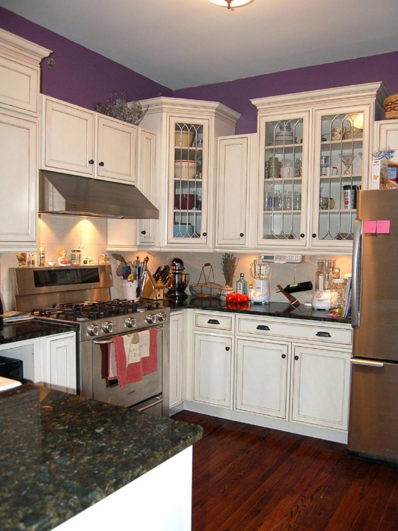 Countertops for small kitchens pictures ideas from hgtv for Kitchen designs with white cabinets