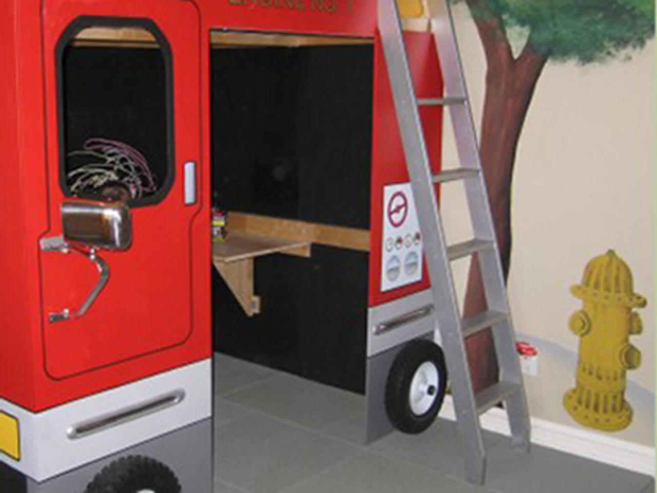 Best of designers 39 portfolio kids 39 rooms kids room for Fire truck bedroom ideas