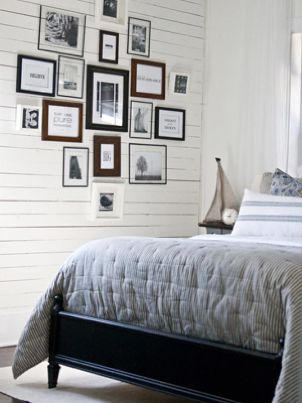 Bedroom wall decorating ideas picture frames - A Dramatic Statement