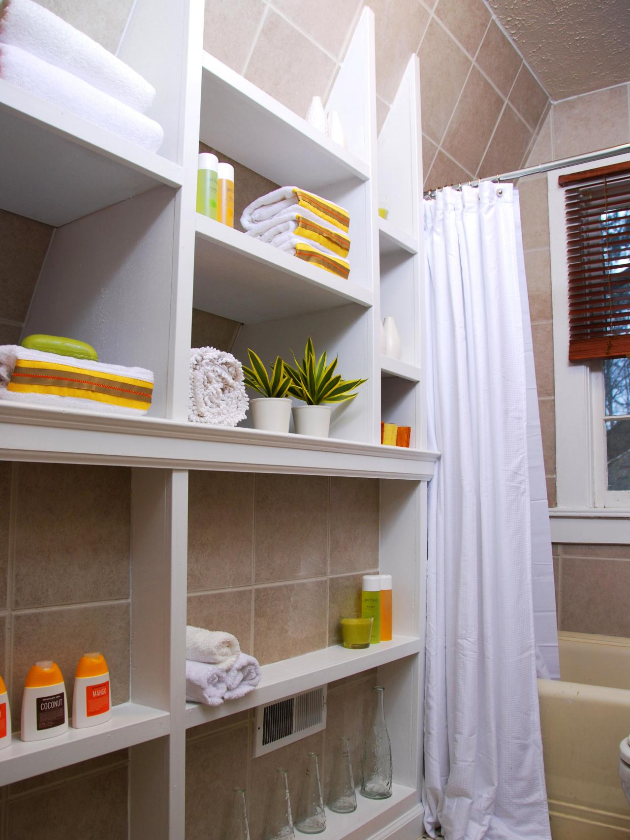 7 Creative Storage Solutions for Bathroom Towels and Toilet Paper ...