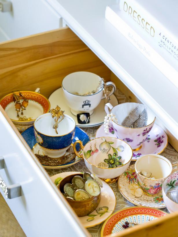 HPDSN1002_bedroom-storage-jewelry-teacup_s3x4