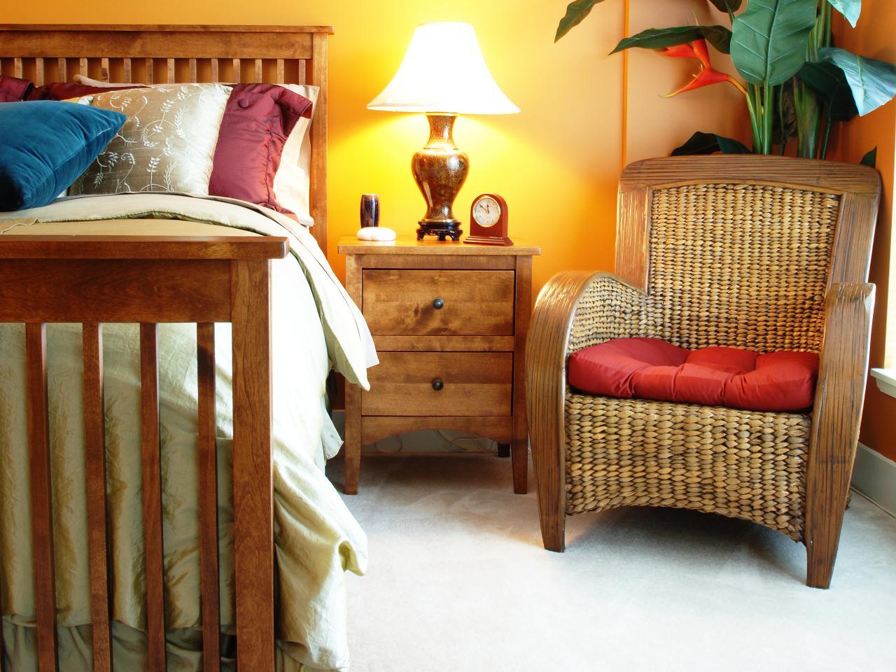 Bedroom wicker chairs