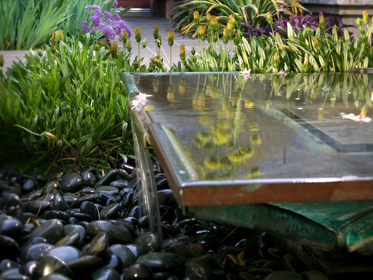 Photos hgtv for Garden pond water features