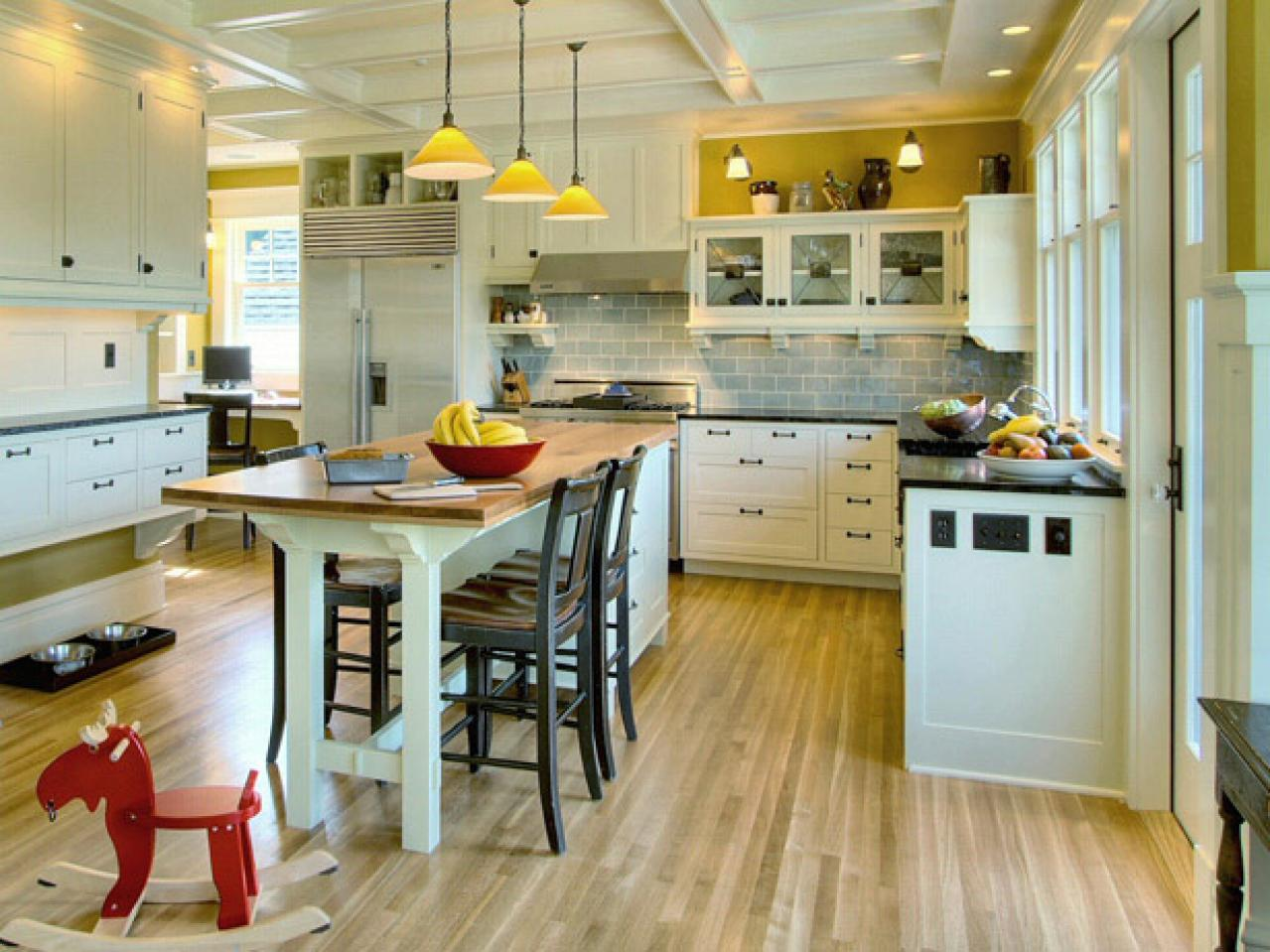 10 kitchen islands kitchen ideas design with cabinets islands backsplashes hgtv - Kitchen island color ideas ...