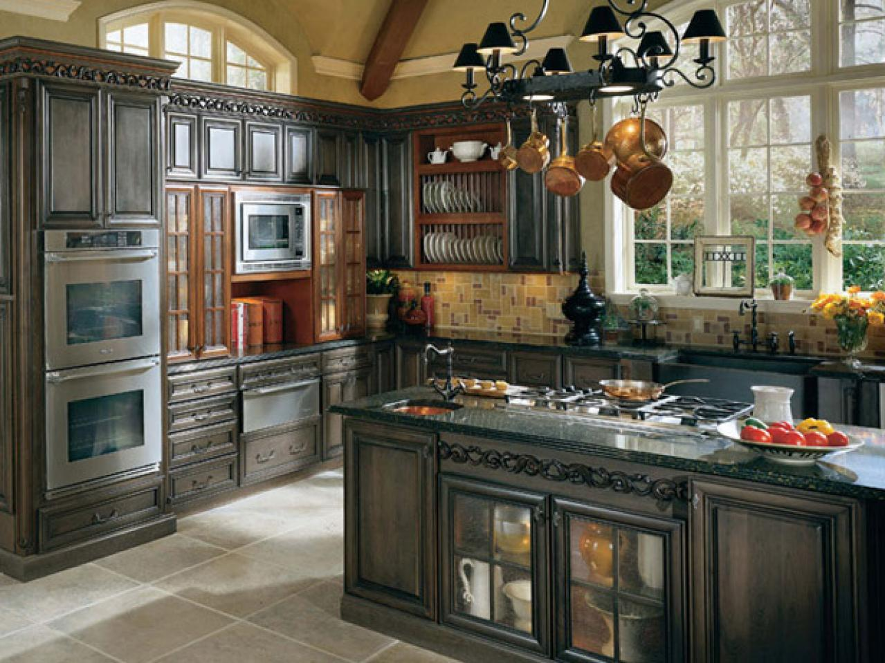 Antique kitchen islands pictures ideas tips from hgtv for French country kitchen designs photos