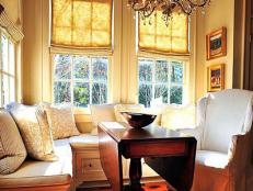 Traditional Kitchen Breakfast Nook With Built-In Banquette