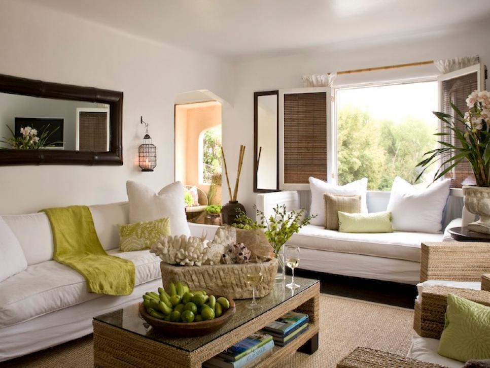 Coastal Living Room Ideas | HGTV