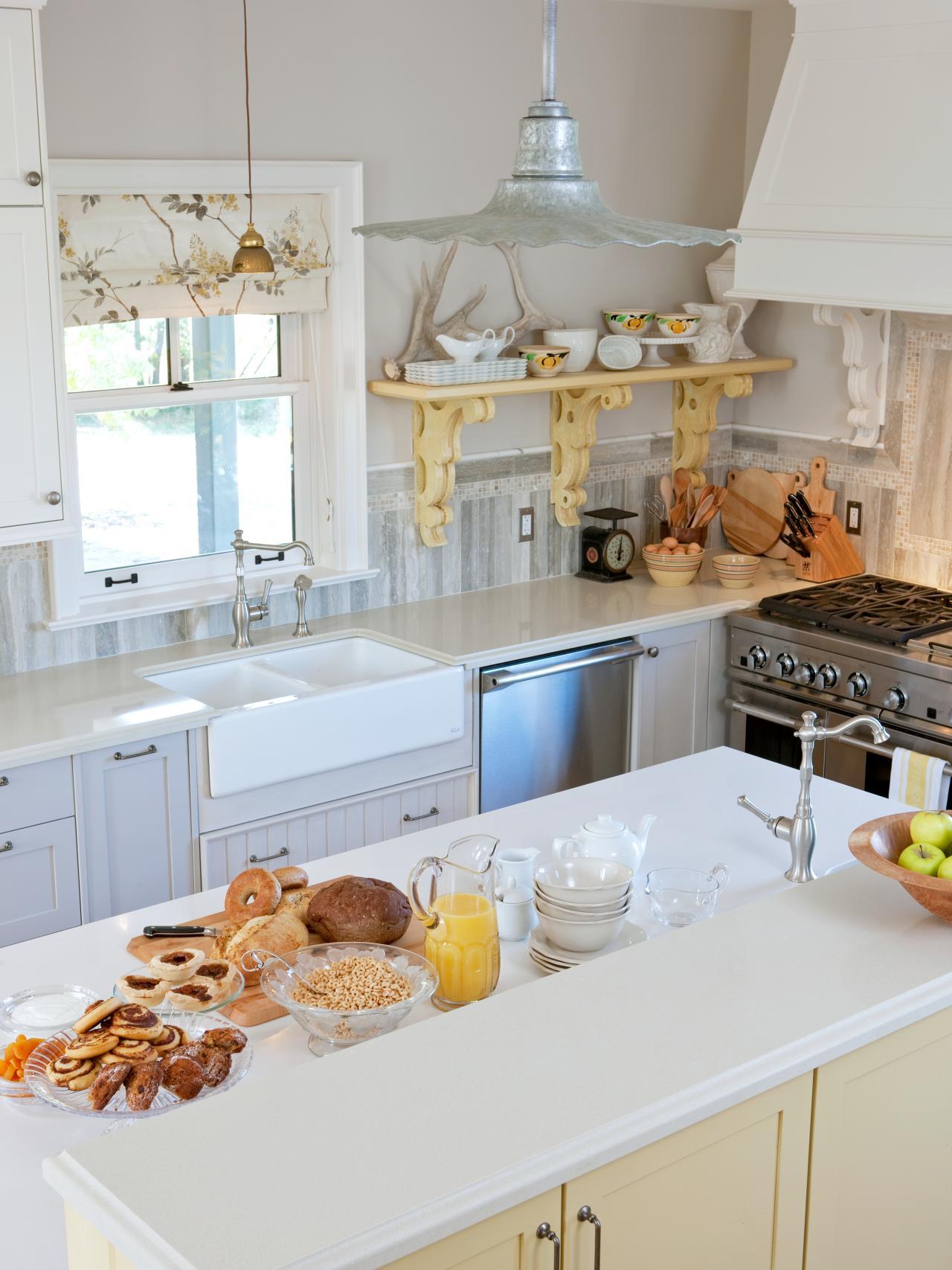 Sarah richardson farmhouse living room - Sarah Richardson Farmhouse Living Room 44