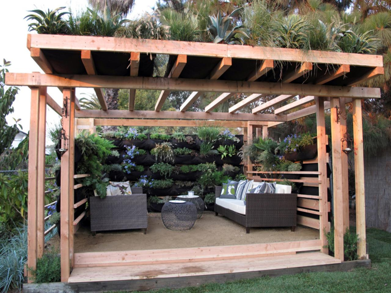 California style outdoor spaces by jamie durie outdoor for Designs for garden rooms