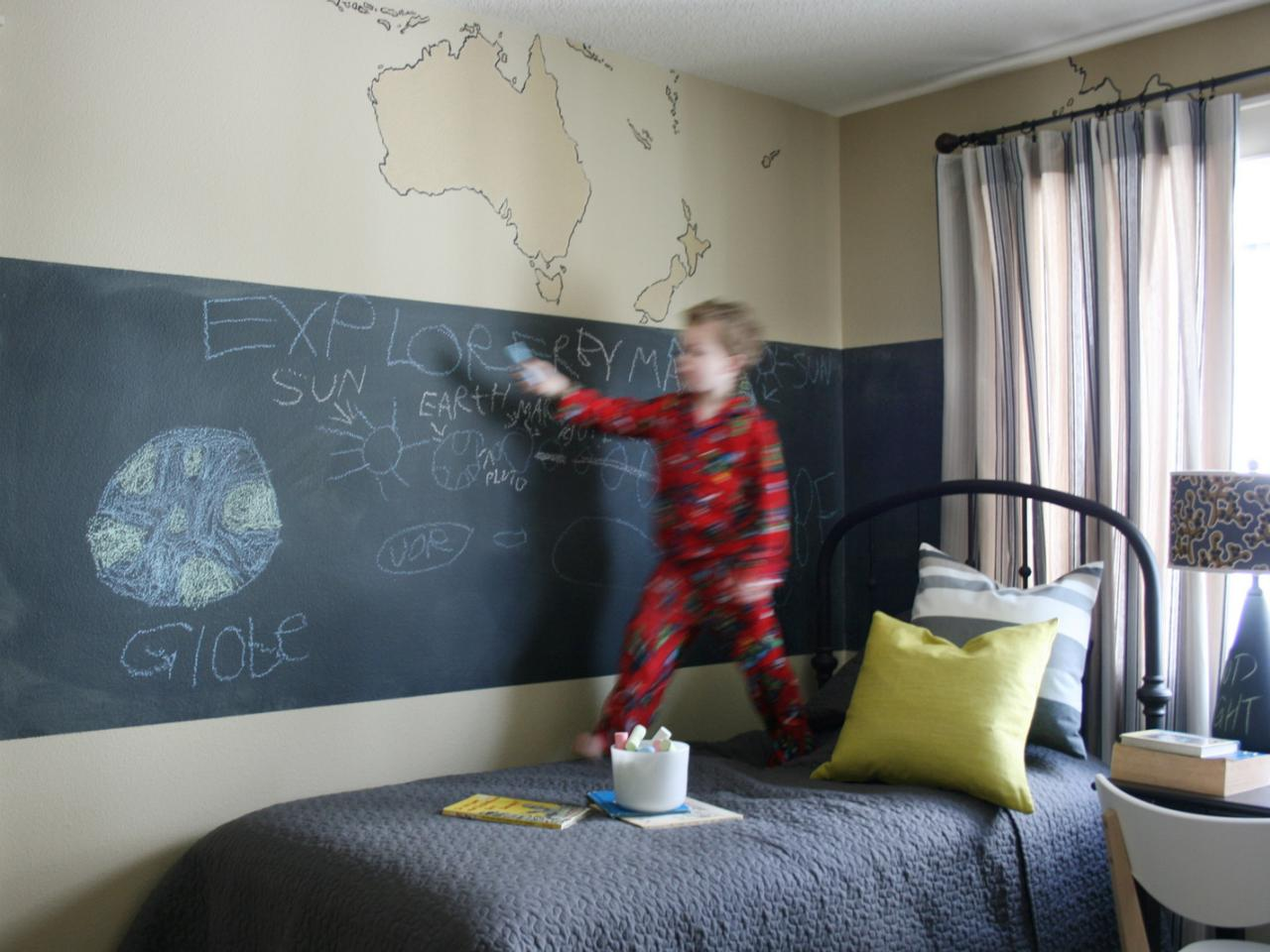 Bedroom wall decoration for kids - Related To Bedrooms Design 101 Kid S Room With Chalkboard Walls