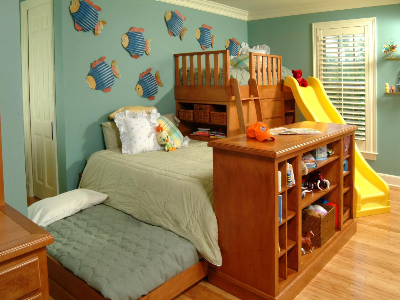 Kids 39 rooms storage solutions hgtv - Childrens small bedroom furniture solutions ...