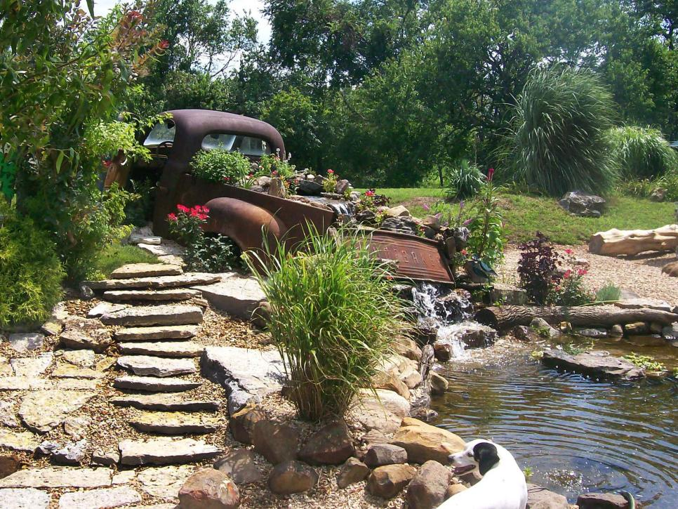 Our favorite garden ponds from hgtv fans hgtv for Pond water features